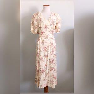Vintage floral dress 😍